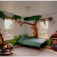おもしろい壁紙の外国の子供部屋