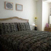 アンティークナチュラルな寝室インテリアコーディネート