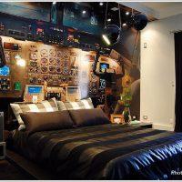 アイデア勝負!ポップでスタイリッシュデザインな寝室