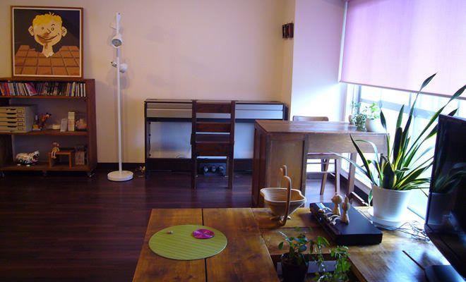 木のぬくもりに癒される 中村さんの木製家具にこだわったお部屋